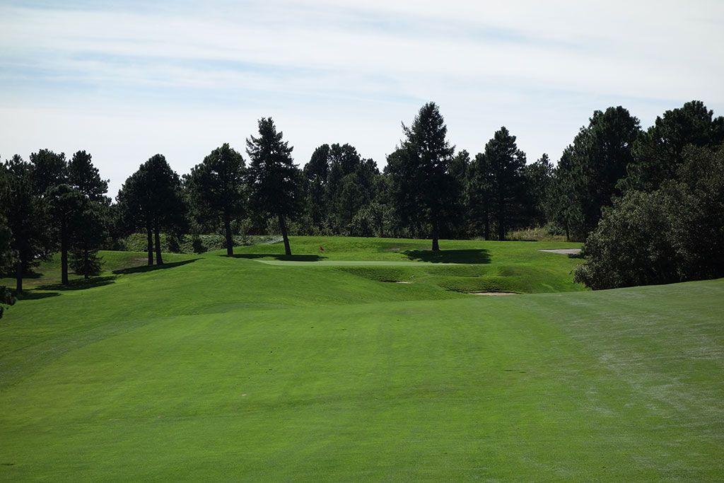 7th Hole at Broadmoor Resort (East) (482 Yard Par 5)