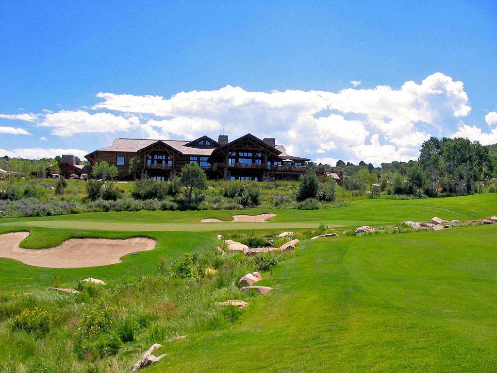 18th Hole at Red Sky Golf Club (Norman) (590 Yard Par 5)
