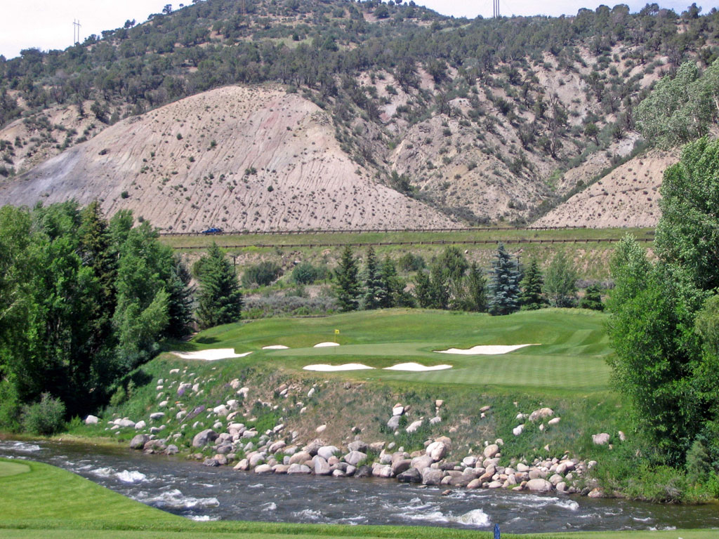 14th Hole at Country Club of the Rockies (175 Yard Par 3)