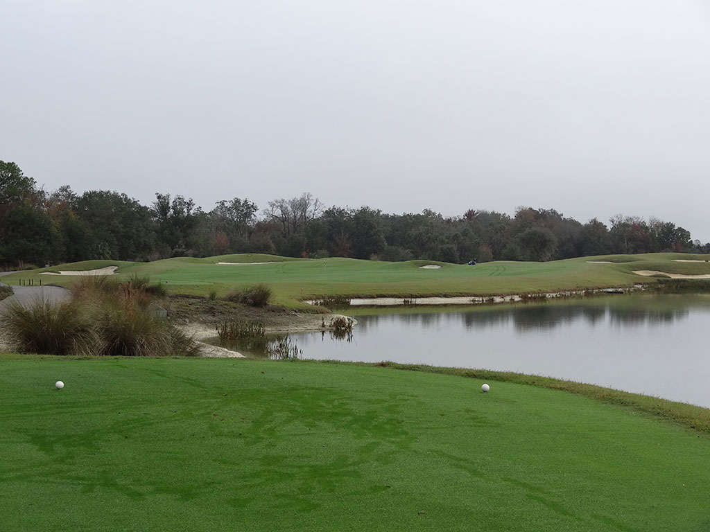 4th Hole at Reunion Resort (Nicklaus) (414 Yard Par 4)