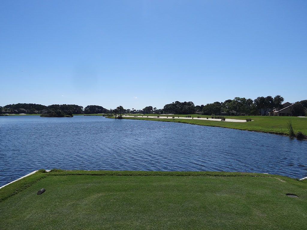 West 8th Hole at Sawgrass Country Club (South/West) (440 Yard Par 4)