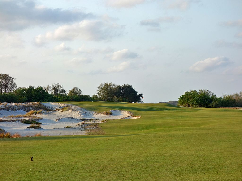 14th Hole at Streamsong Resort (Black) (298 Yard Par 4)