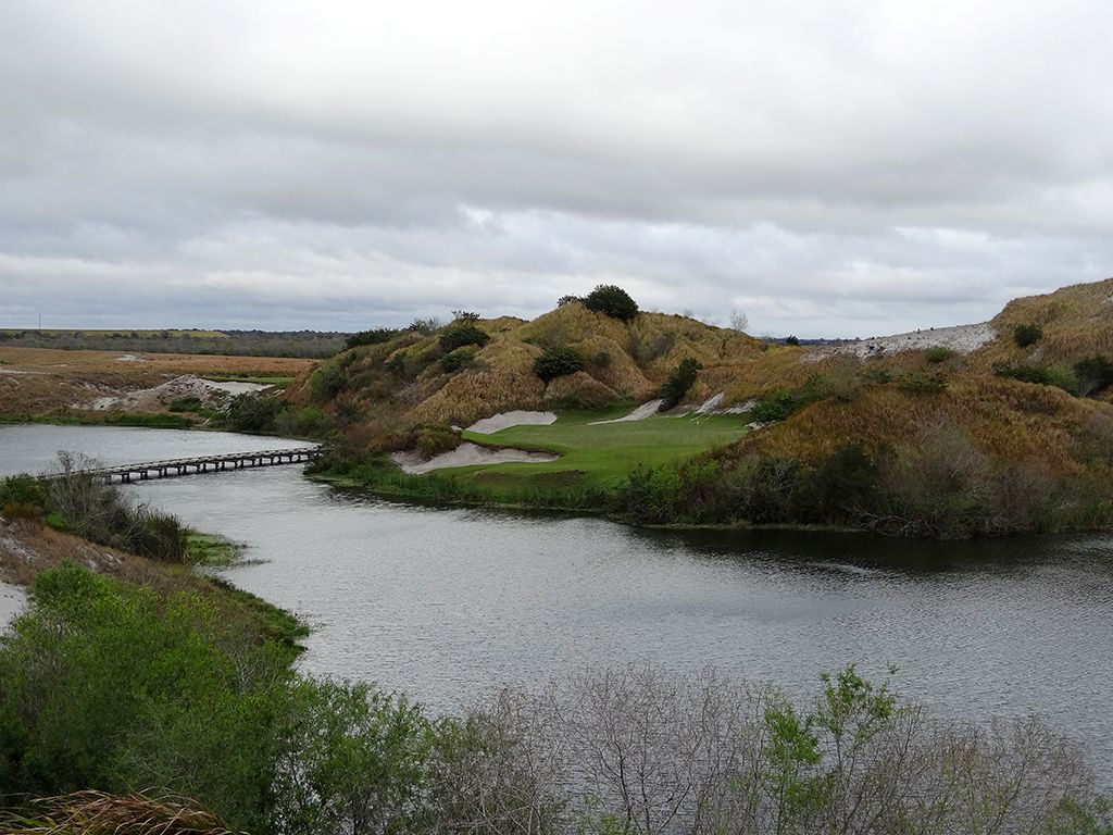 7th Hole at Streamsong Resort (Blue) (203 Yard Par 3)