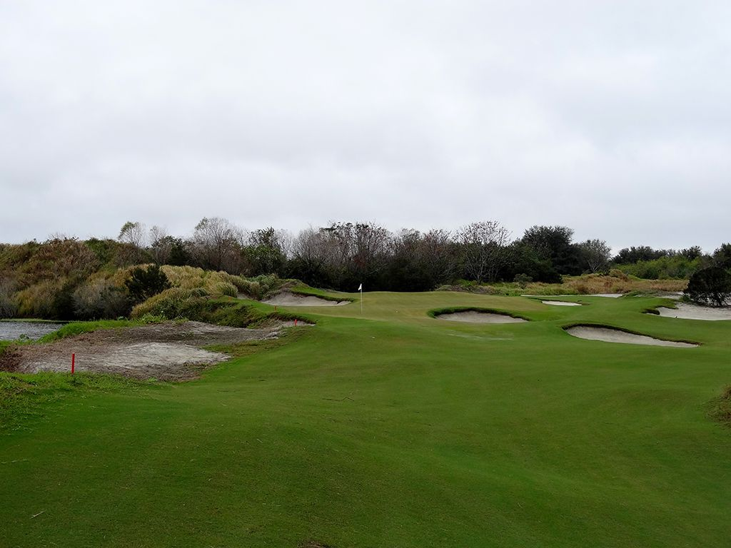 8th Hole at Streamsong Resort (Red) (147 Yard Par 3)