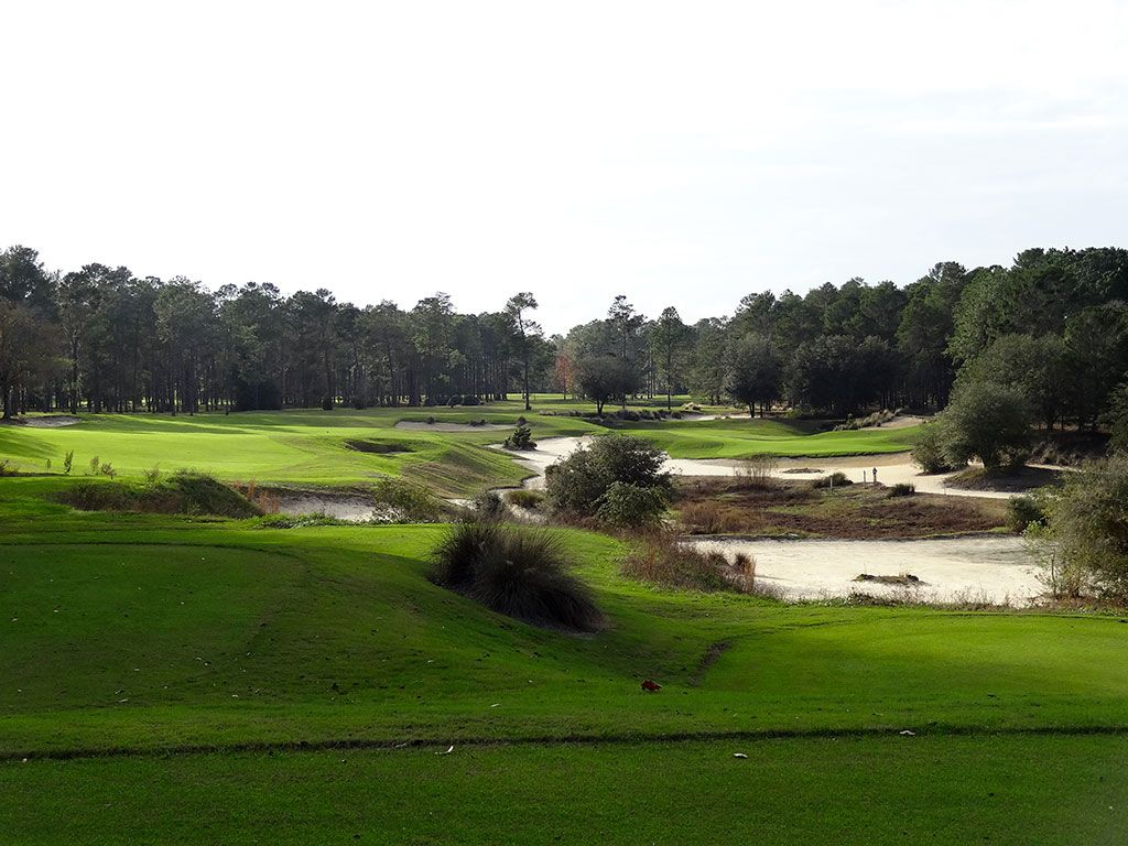 15th Hole at World Woods (Pine Barrens) (330 Yard Par 4)