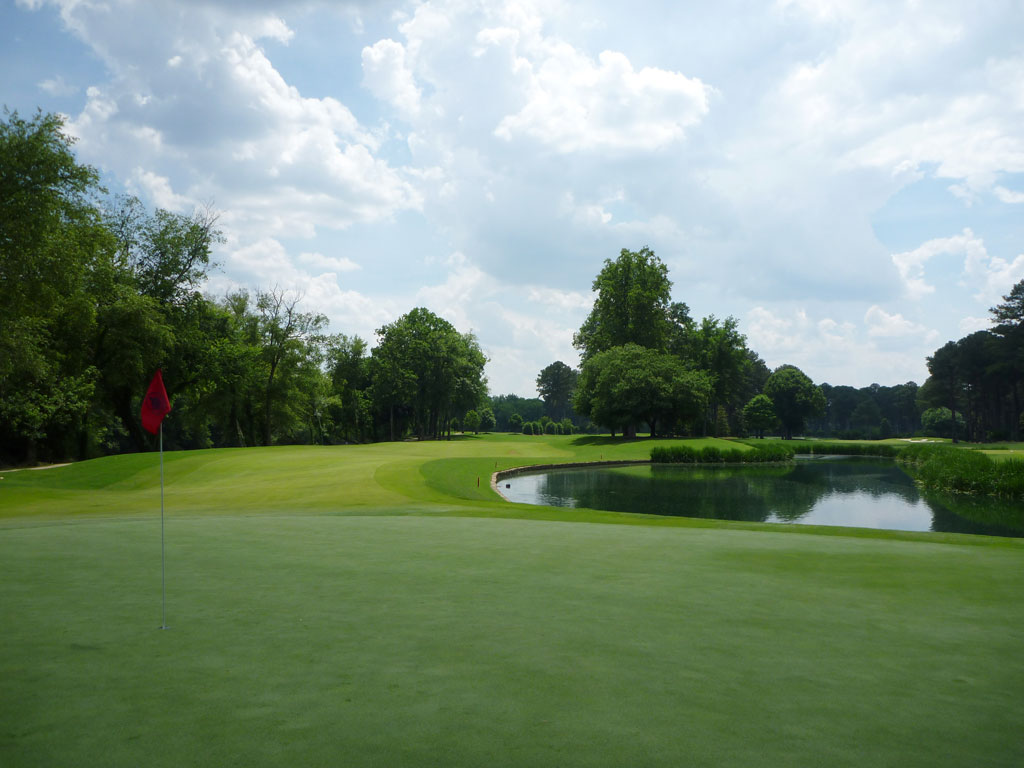 14th Hole at Atlanta Athletic Club (Riverside) (393 Yard Par 4)