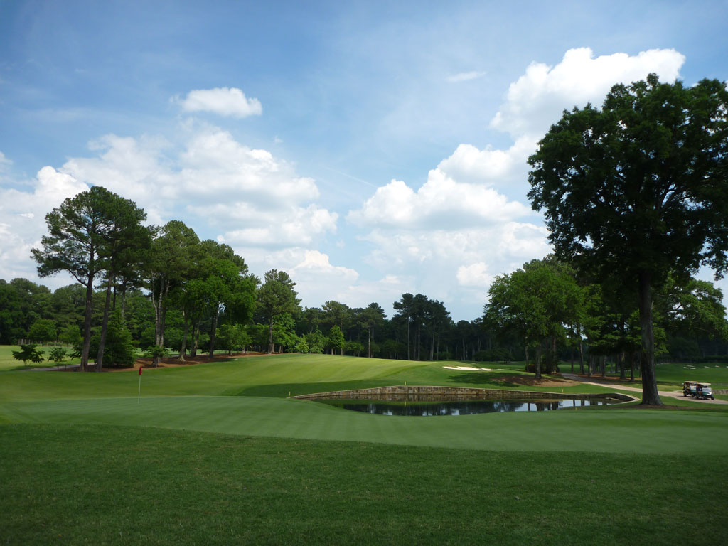 18th Hole at Atlanta Athletic Club (Riverside) (586 Yard Par 5)