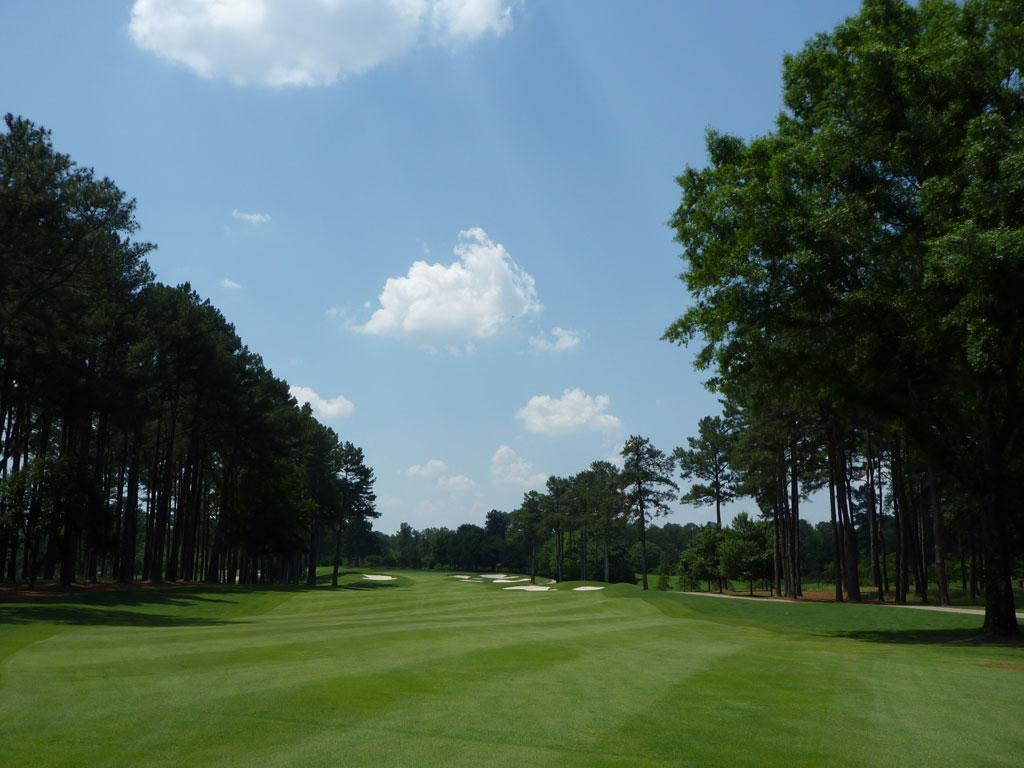 1st Hole at Atlanta Athletic Club (Riverside) (616 Yard Par 5)