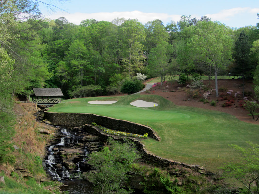 13th Hole at Atlanta Country Club (153 Yard Par 3)