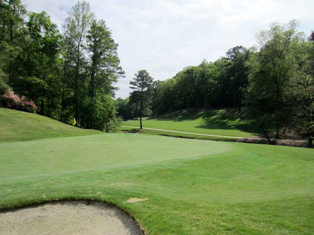 7th Hole at Atlanta Country Club (370 Yard Par 4)