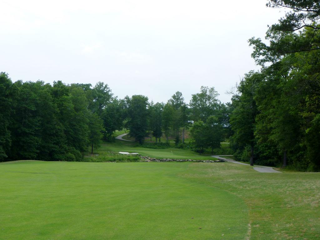 18th Hole at Cherokee Run Country Club (463 Yard Par 4)