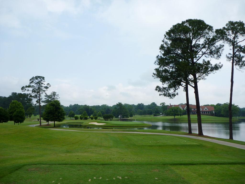 6th Hole at East Lake Golf Club (213 Yard Par 3)