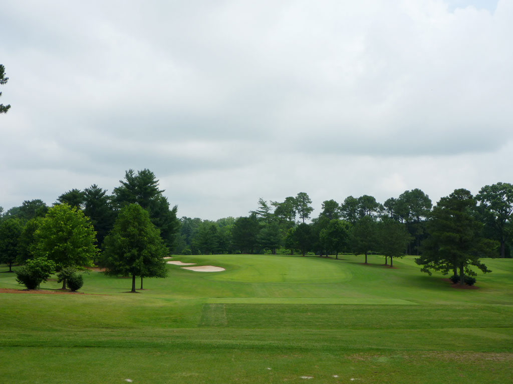 8th Hole at East Lake Golf Club (407 Yard Par 4)