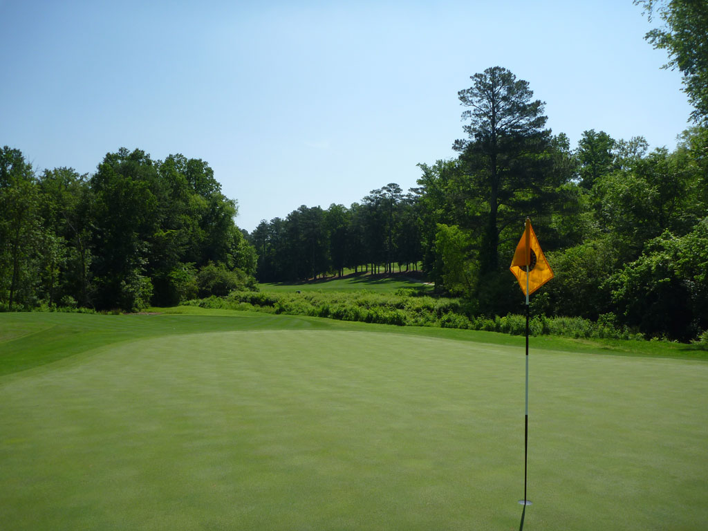 8th Hole at Golf Club of Georgia (Creekside) (457 Yard Par 4)