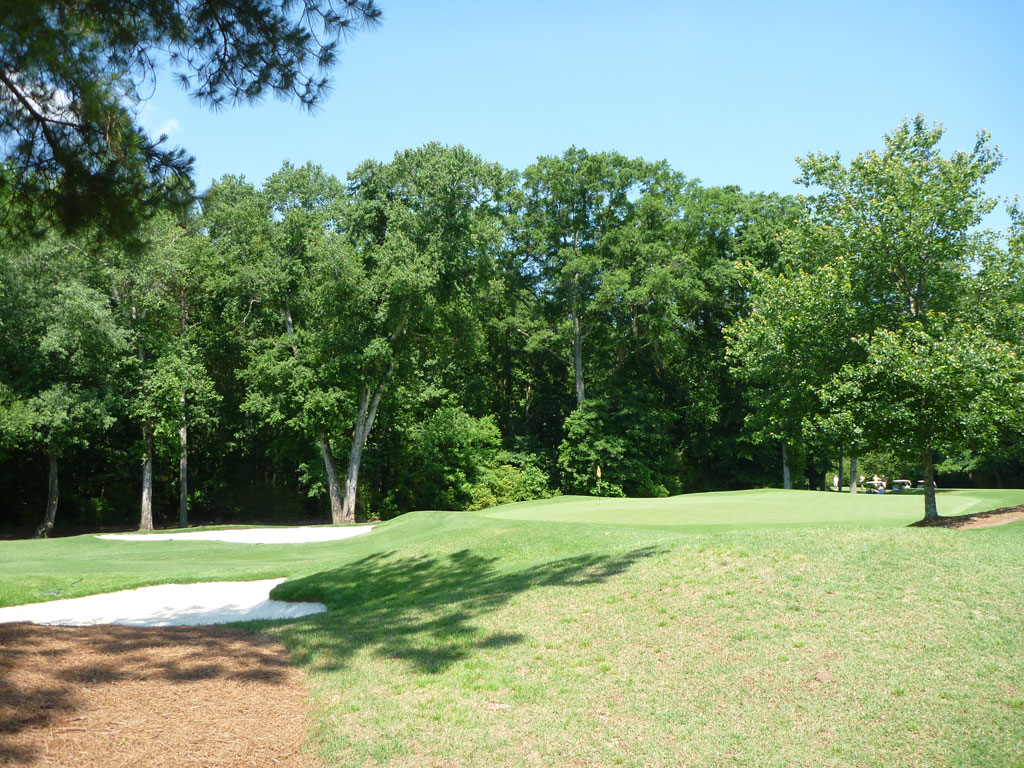 9th Hole at Golf Club of Georgia (Creekside) (334 Yard Par 4)