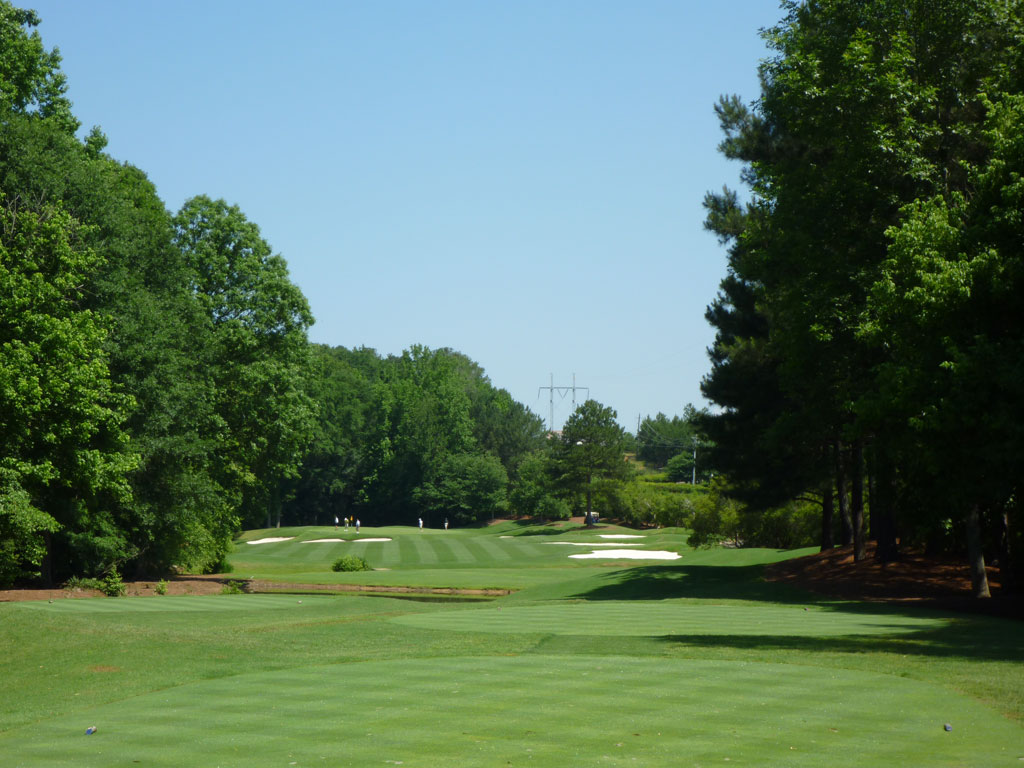 9th Hole at Golf Club of Georgia (Creekside) (328 Yard Par 4)