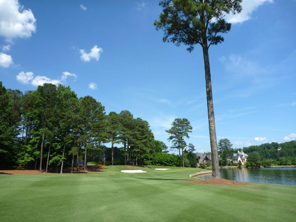 12th Hole at Golf Club of Georgia (Lakeside) (374 Yard Par 4)