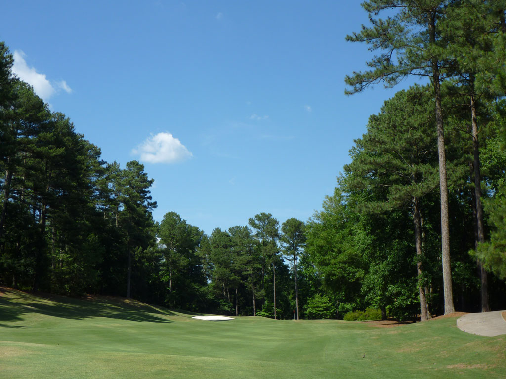 16th Hole at Golf Club of Georgia (Lakeside) (419 Yard Par 4)