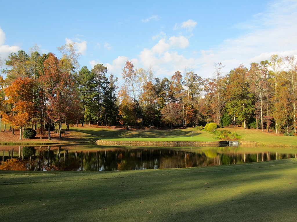 15th Hole at Hawks Ridge Golf Club (333 Yard Par 4)