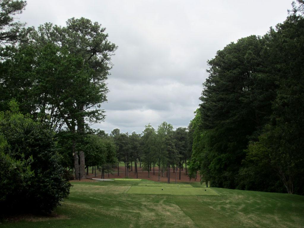 12th Hole at Peachtree Golf Club (486 Yard Par 4)