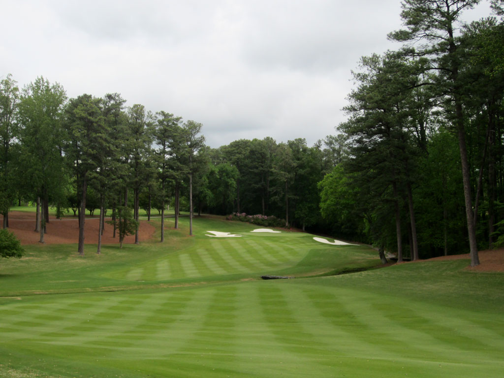 12th Hole at Peachtree Golf Club (486 Yard Par 4)