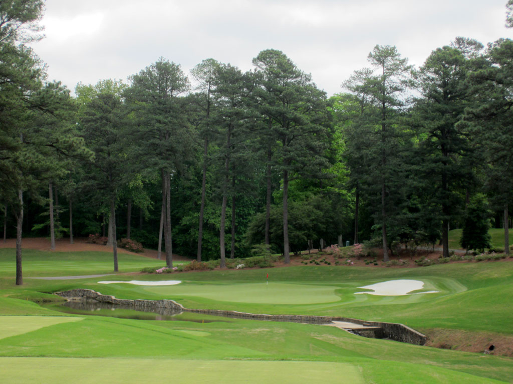 14th Hole at Peachtree Golf Club (183 Yard Par 3)