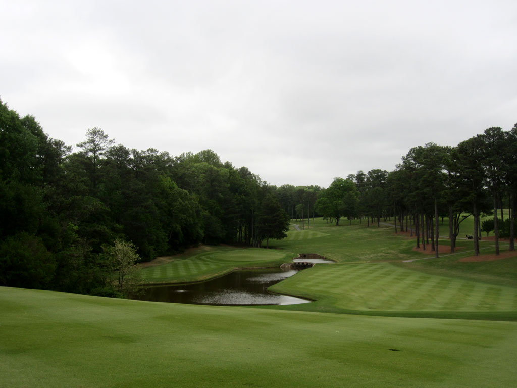 2nd Hole at Peachtree Golf Club (584 Yard Par 5)