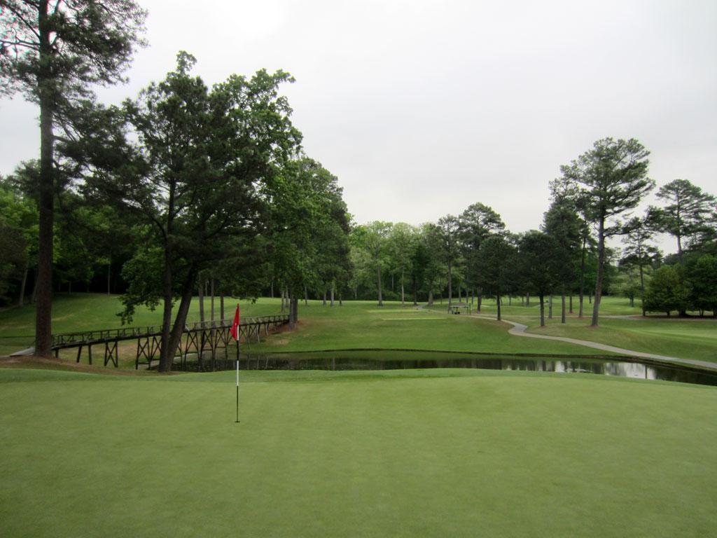 4th Hole at Peachtree Golf Club (166 Yard Par 3)
