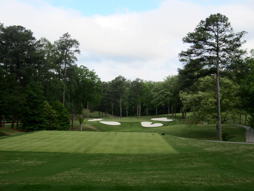 6th Hole at Peachtree Golf Club (234 Yard Par 3)