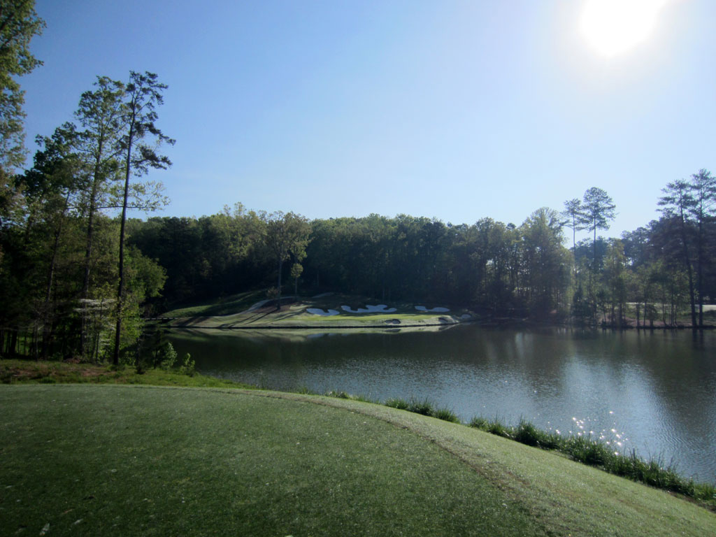 2nd Hole at River Club (205 Yard Par 3)