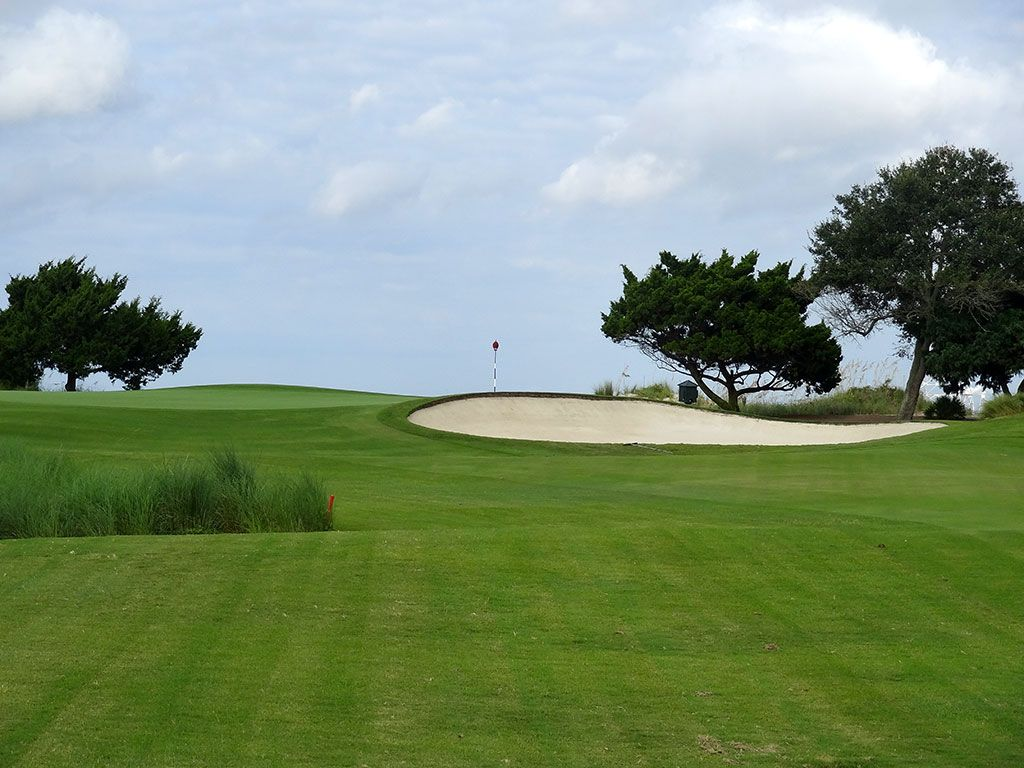 13th Hole at Sea Island Golf Club (Seaside) (409 Yard Par 4)