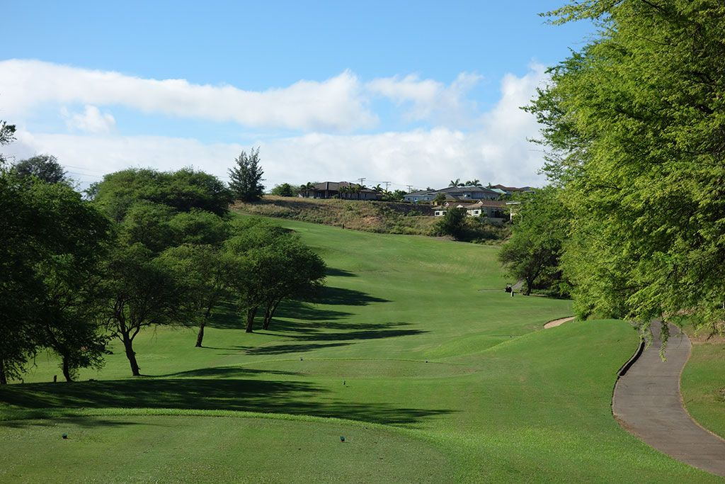 11th Hole at The Dunes at Maui Lani (416 Yard Par 4)