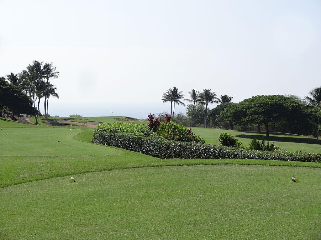 12th Hole at Hokulia Golf Club (361 Yard Par 4)
