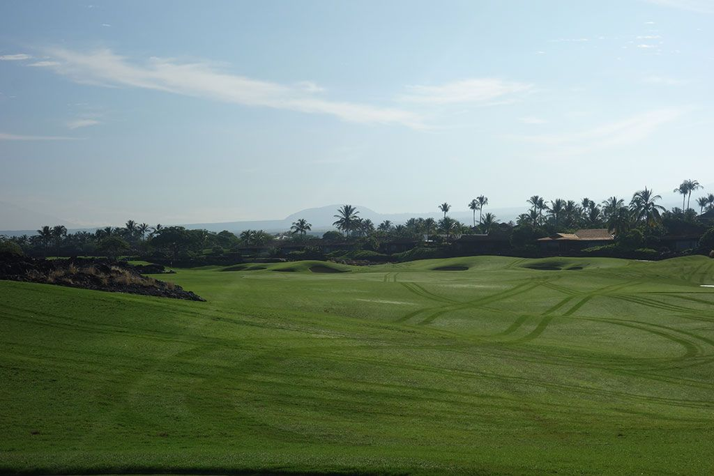 6th Hole at Hualalai Golf Club (Ke'olu) (343 Yard Par 4)