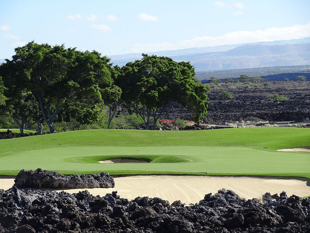12th Hole at Hualalai Golf Club (Nicklaus) (167 Yard Par 3)