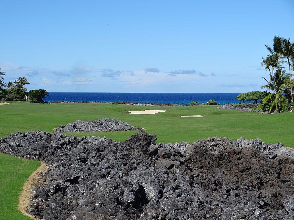 16th Hole at Hualalai Golf Club (Nicklaus) (440 Yard Par 4)