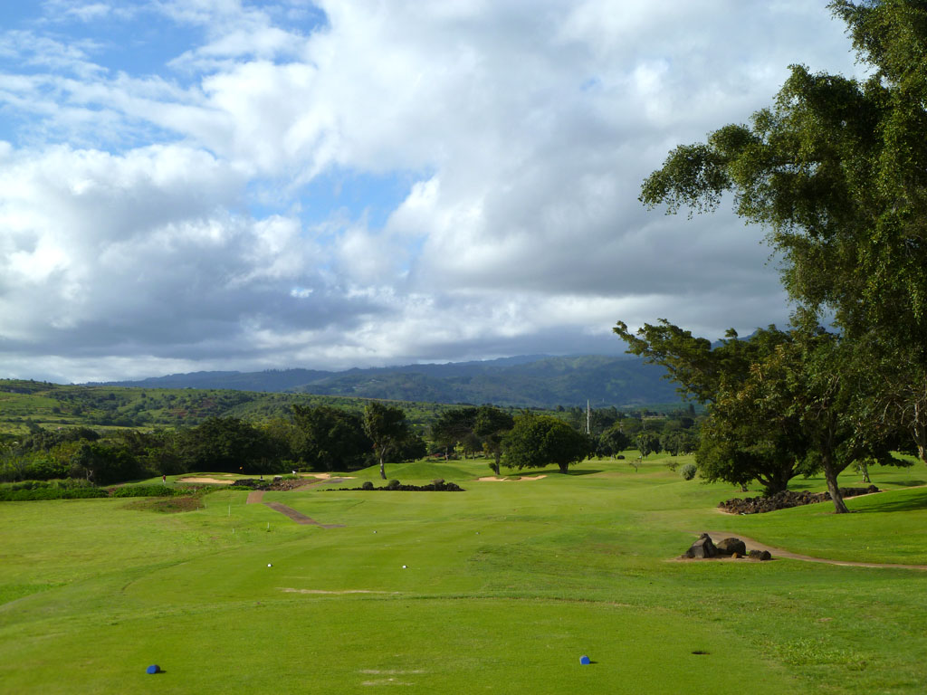 11th Hole at Kiahuna Golf Club (365 Yard Par 4)