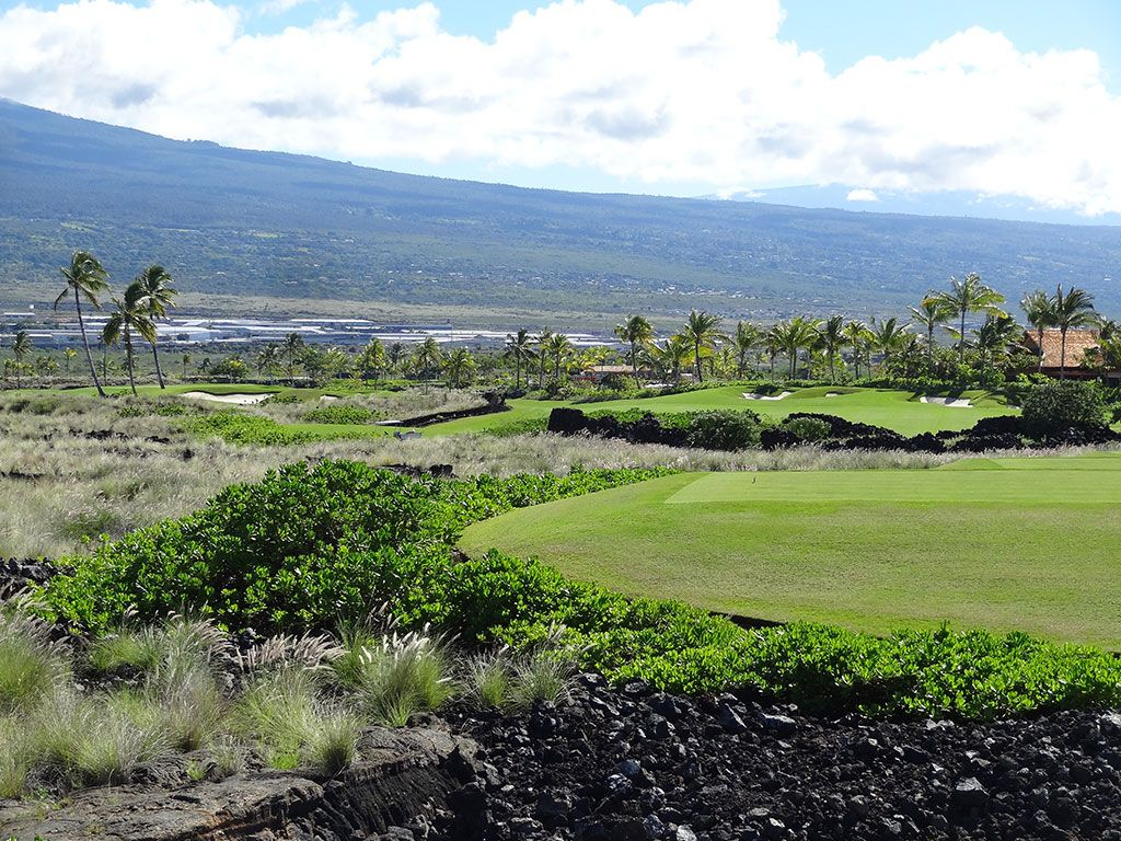 17th Hole at Kohanaiki Golf and Ocean Club (594 Yard Par 5)