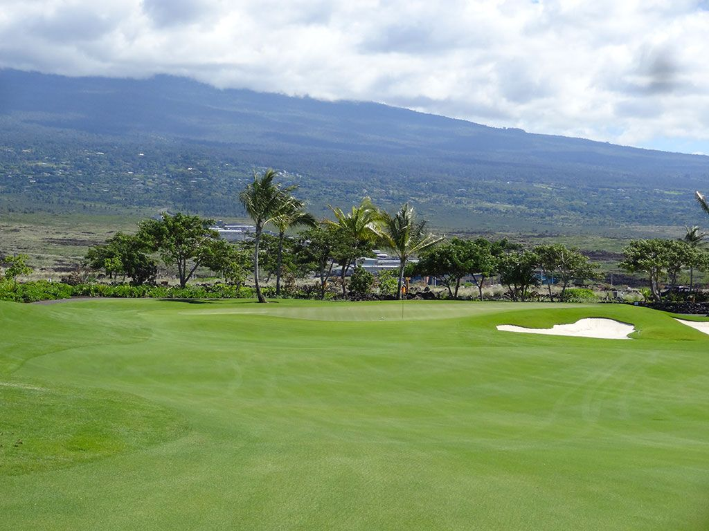 3rd Hole at Kohanaiki Golf and Ocean Club (481 Yard Par 4)