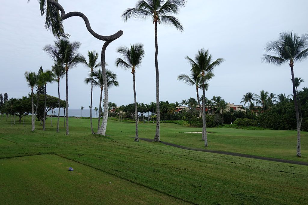 13th Hole at Kona Country Club (414 Yard Par 4)