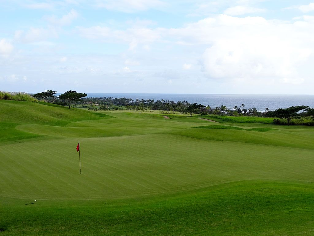 11th Hole at Kukui'ula Golf Club (314 Yard Par 4)