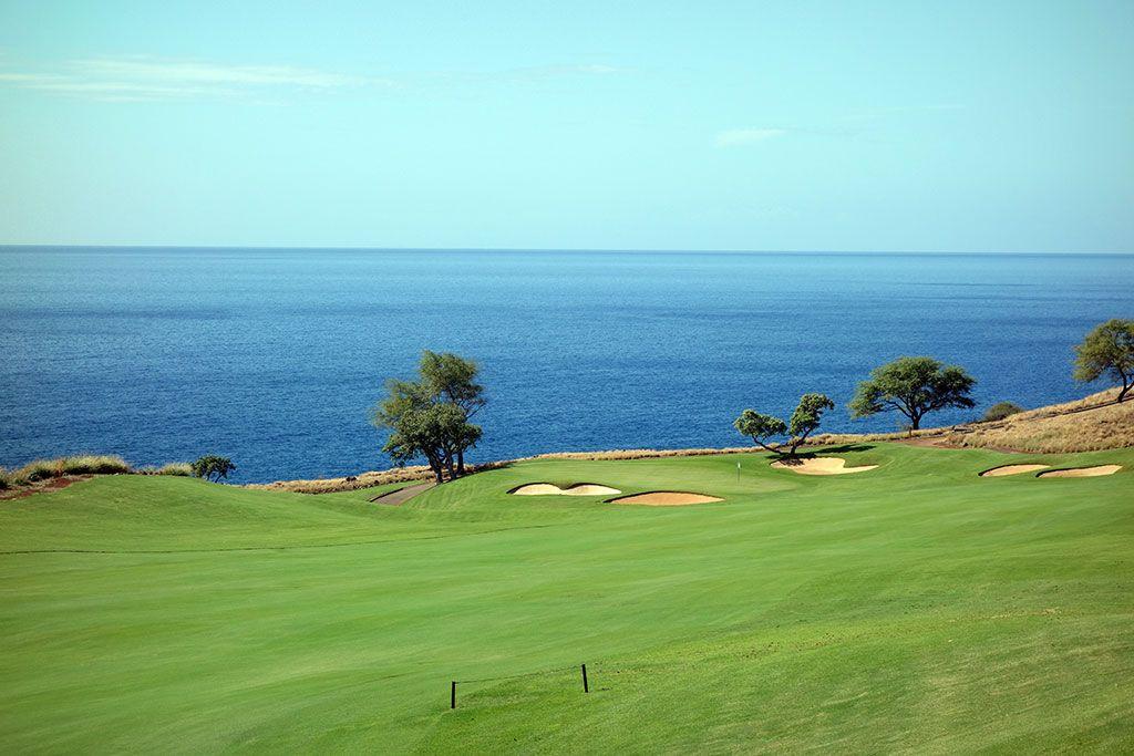 11th Hole at Manele Golf Course (589 Yard Par 5)