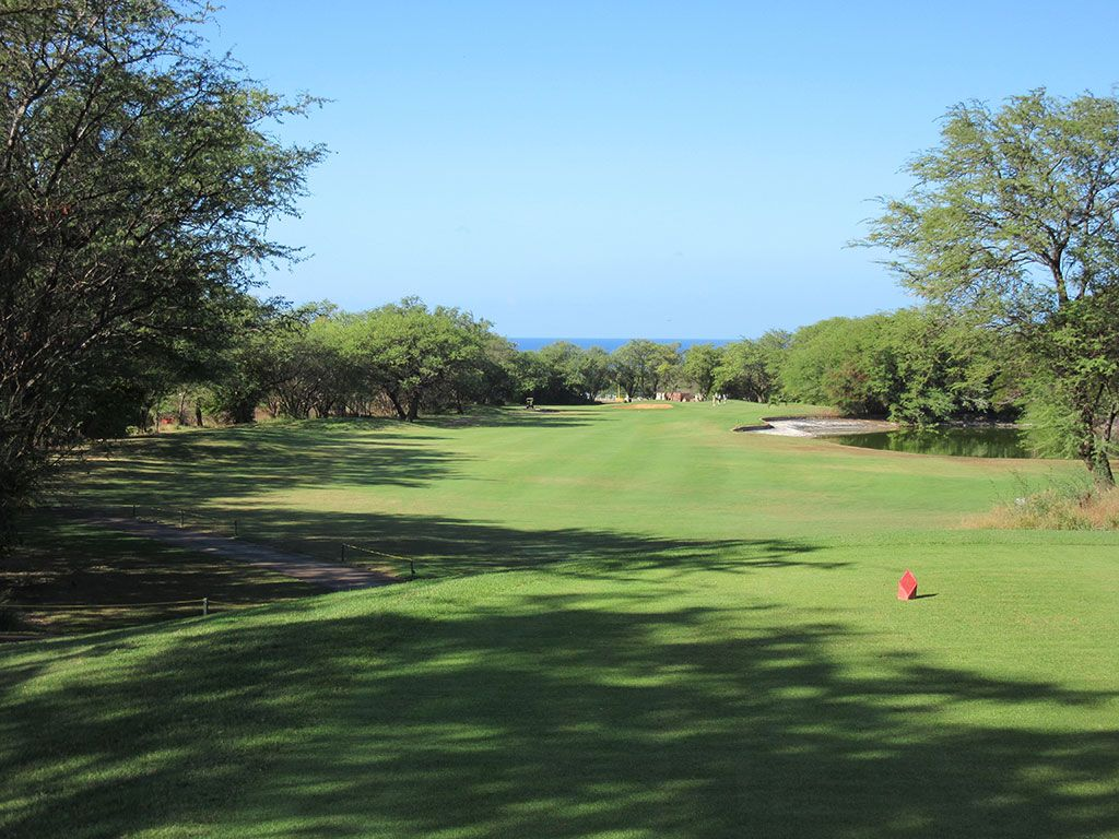 6th Hole at Maui Nui Golf Course (422 Yard Par 4)