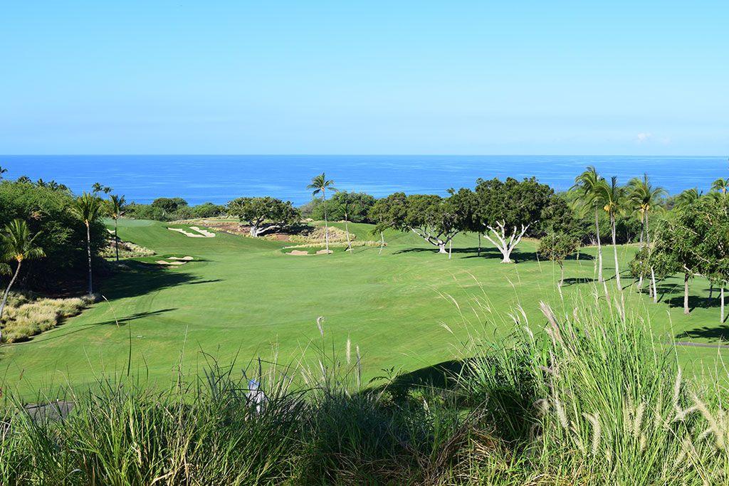 6th Hole at Mauna Kea Resort (338 Yard Par 4)
