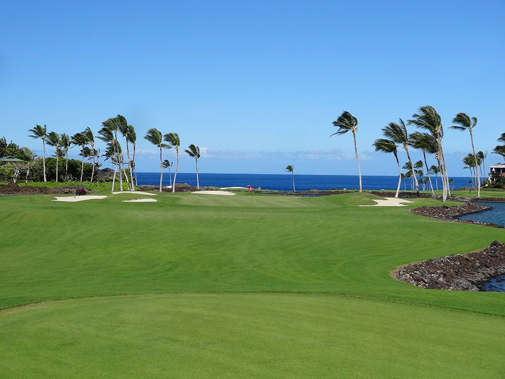 12th Hole at Mauna Lani Resort (South) (198 Yard Par 3)