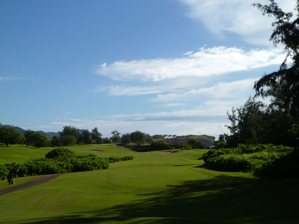 9th Hole at Poipu Bay Golf Club (420 Yard Par 4)