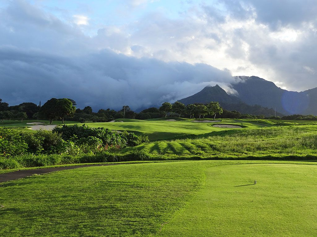 10th Hole at Princeville (Prince) Golf Course (588 Yard Par 5)