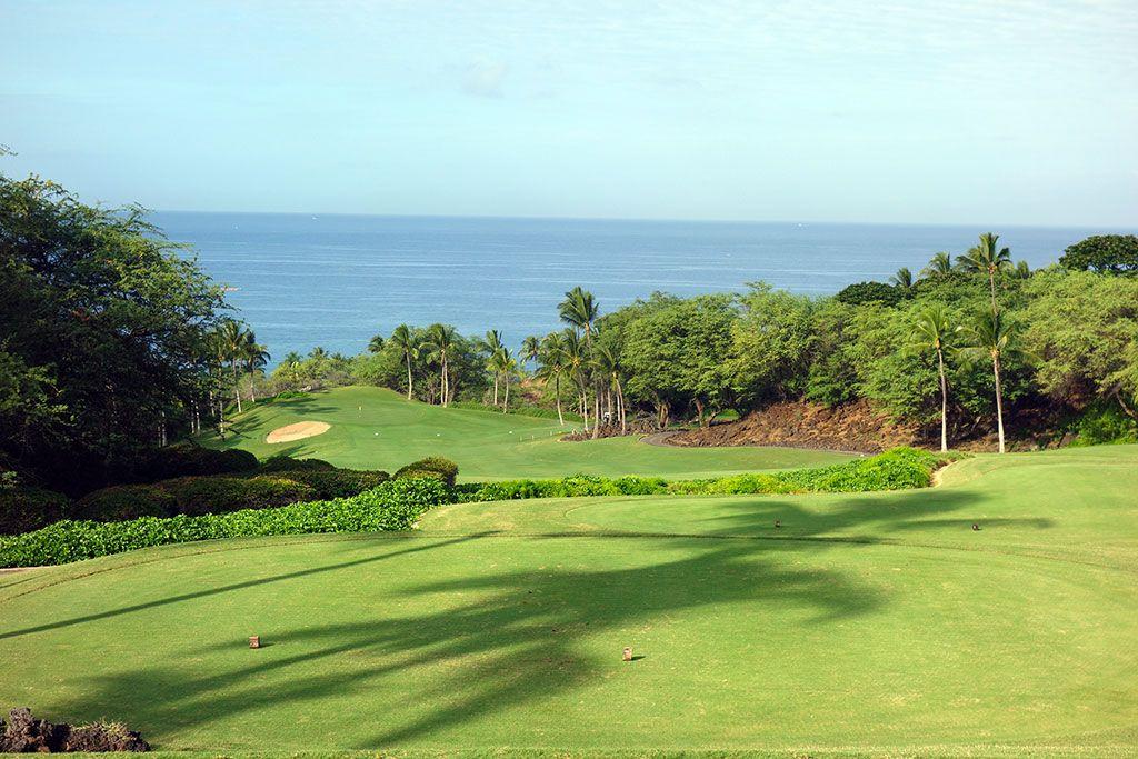 1st Hole at Wailea Resort (Emerald) (380 Yard Par 4)