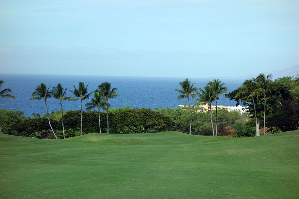 6th Hole at Wailea Resort (Emerald) (456 Yard Par 4)