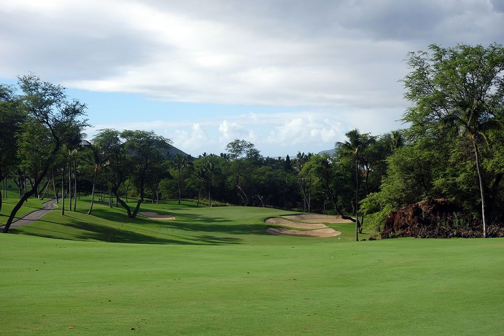 1st Hole at Wailea Resort (Gold) (422 Yard Par 4)